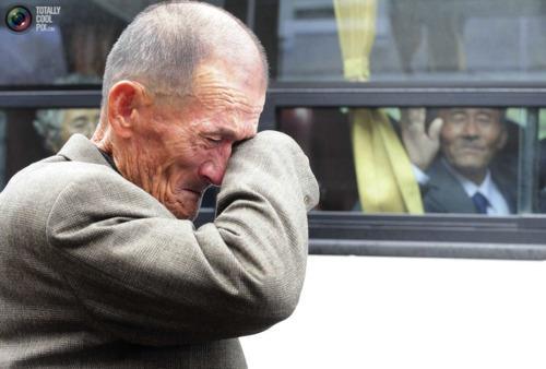 بالصور رجل يبكي , حزن ودموع رجل 5726 9