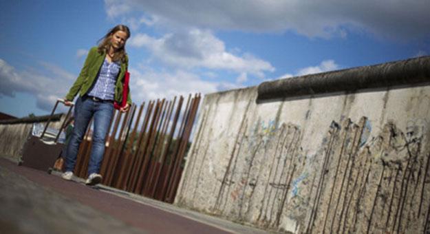 بالصور اتيكيت المشي للبنات بالصور , صورجميلة للاتيكيت 5755 6