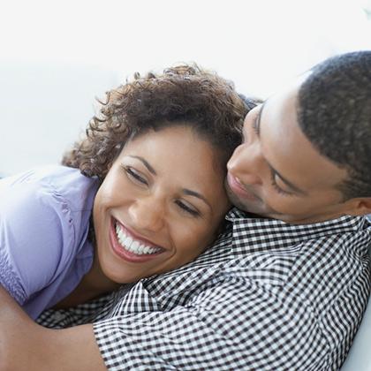 صورة كيف اثير زوجي بالكلام والحركات , الحياة الزوجية السعيدة