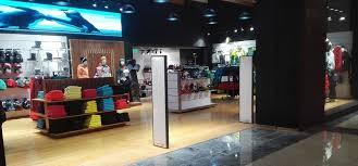 بالصور محلات ملابس , اكبر محلات للملابس 5778 6