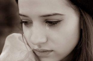 صورة صور فتاة حزينة , خلفيات بنات حزينة