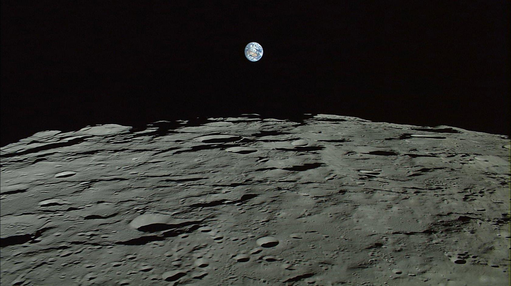 بالصور صور عن القمر , اجمل خلفيات للقمر المنير 3714 11