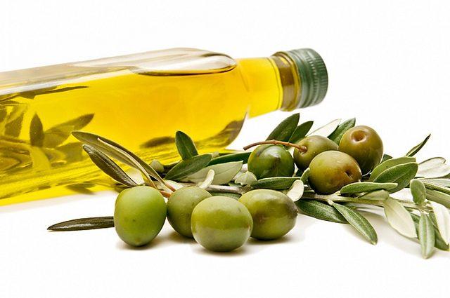 صوره فوائد زيت الزيتون , تمن فوائد لزيت الزيتون