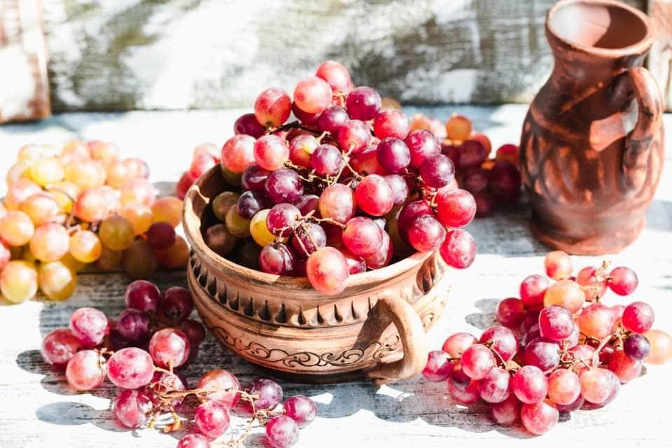 صورة فوائد العنب الاحمر , تعرف على اهمية و فوائد العنب الاحمر