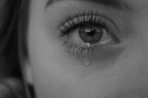 صورة صور عيون حزينه , اجدد صور العيون الحزينة و المؤثرة