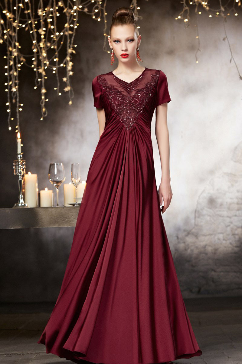 بالصور اخر موديلات الفساتين , احلي صور فساتين 4984 5
