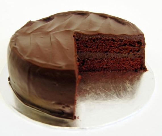 بالصور طريقة عمل كيكة الشوكولاته منال العالم , كيف اعمل كيكه شكولاته 5033