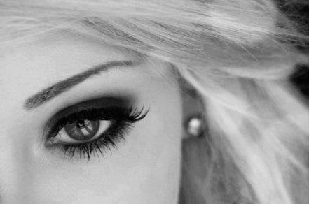 بالصور صور عيون جميلات , خلفيات عيون مميزة 5108 11