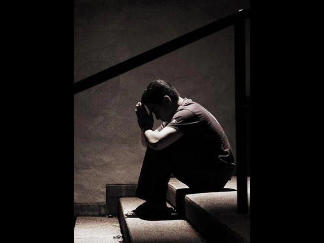 بالصور الحزن الشديد , بوستات بها عبارات الحزن 3904 9