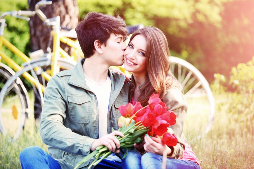 بالصور الحب من اول نظرة , مواصفات الحب من النظرة الاولي 3949 8