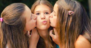 صوره قبلات بنات , افضل قبلات الفتيات لبعضهم