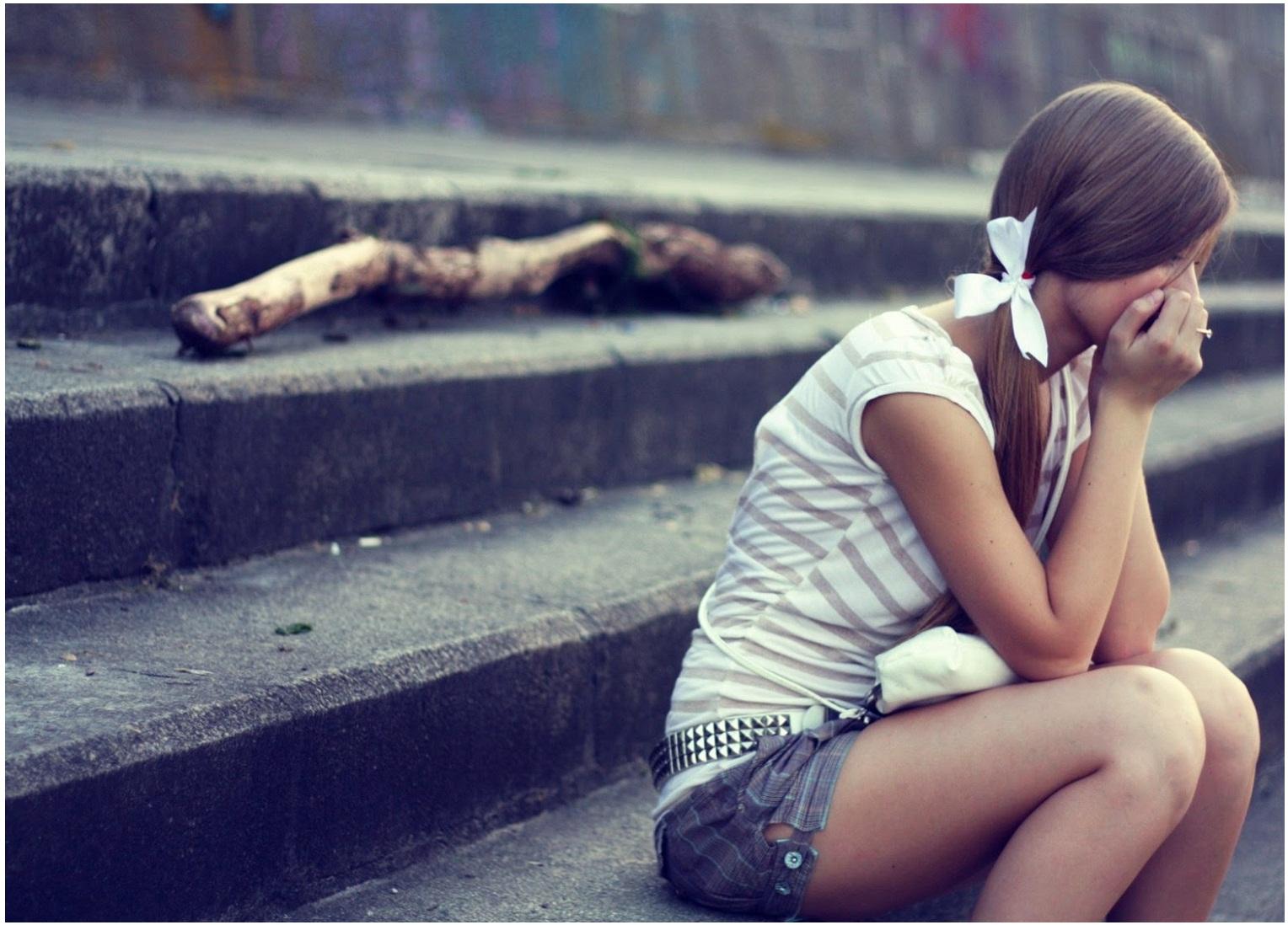 صوره بنات حزينات , صوره بنت حزينه