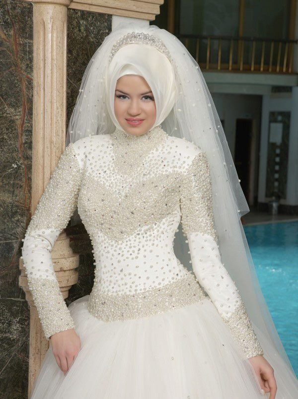 بالصور فساتين اعراس للمحجبات , اجمل فستان للعروسة المحجبة 835 10