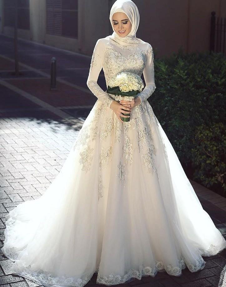 صوره فساتين اعراس للمحجبات , اجمل فستان للعروسة المحجبة
