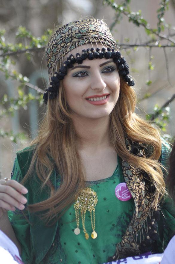 صور بنات كردستان , كردستان وصفات ووصف بناتها