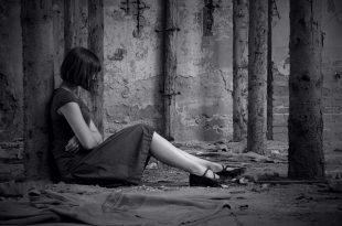 بالصور اجمل الصور الحزينة للبنات , الحزن وتاثيره على البنات 1601 14 310x205