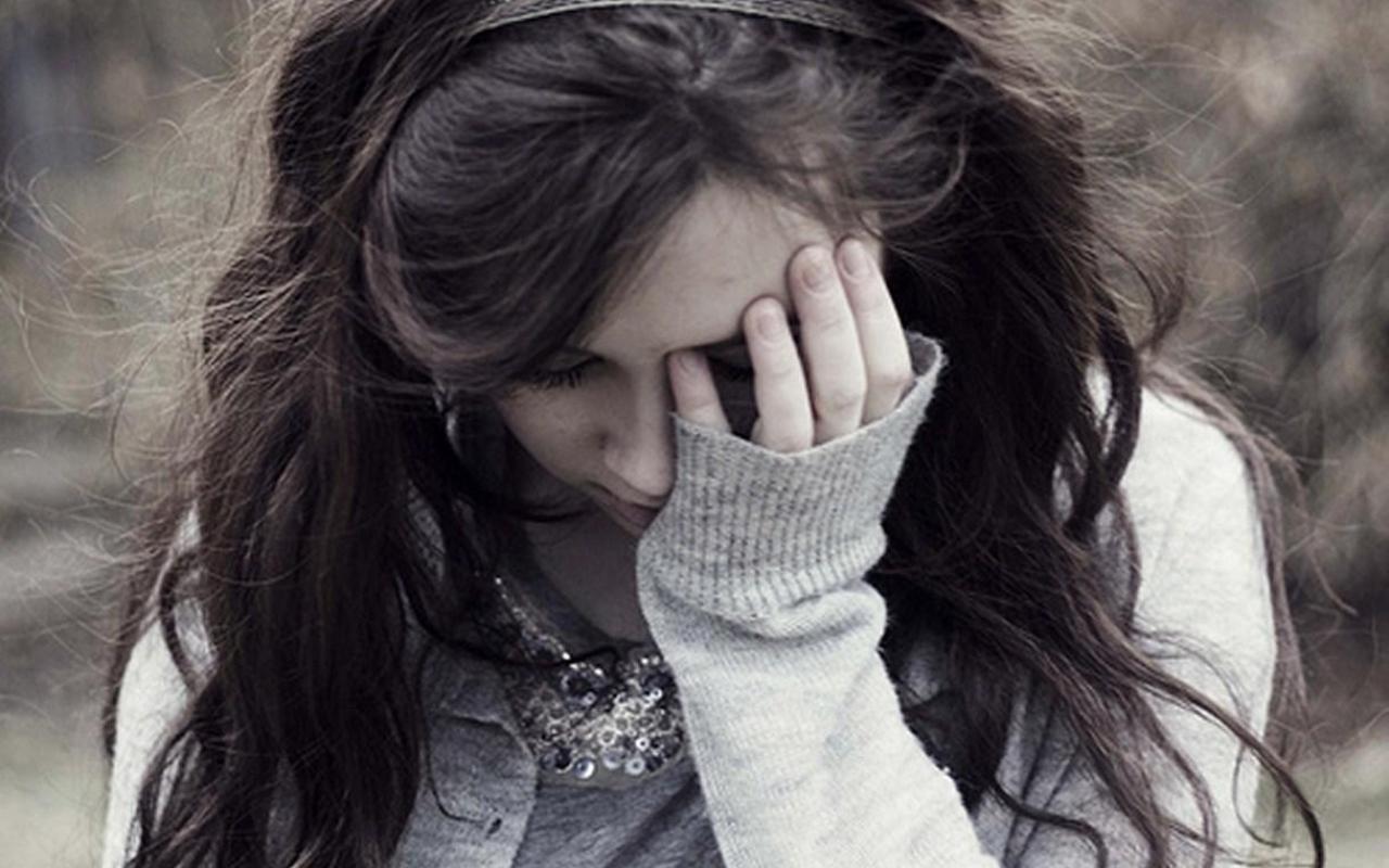 بالصور اجمل الصور الحزينة للبنات , الحزن وتاثيره على البنات 1601 3