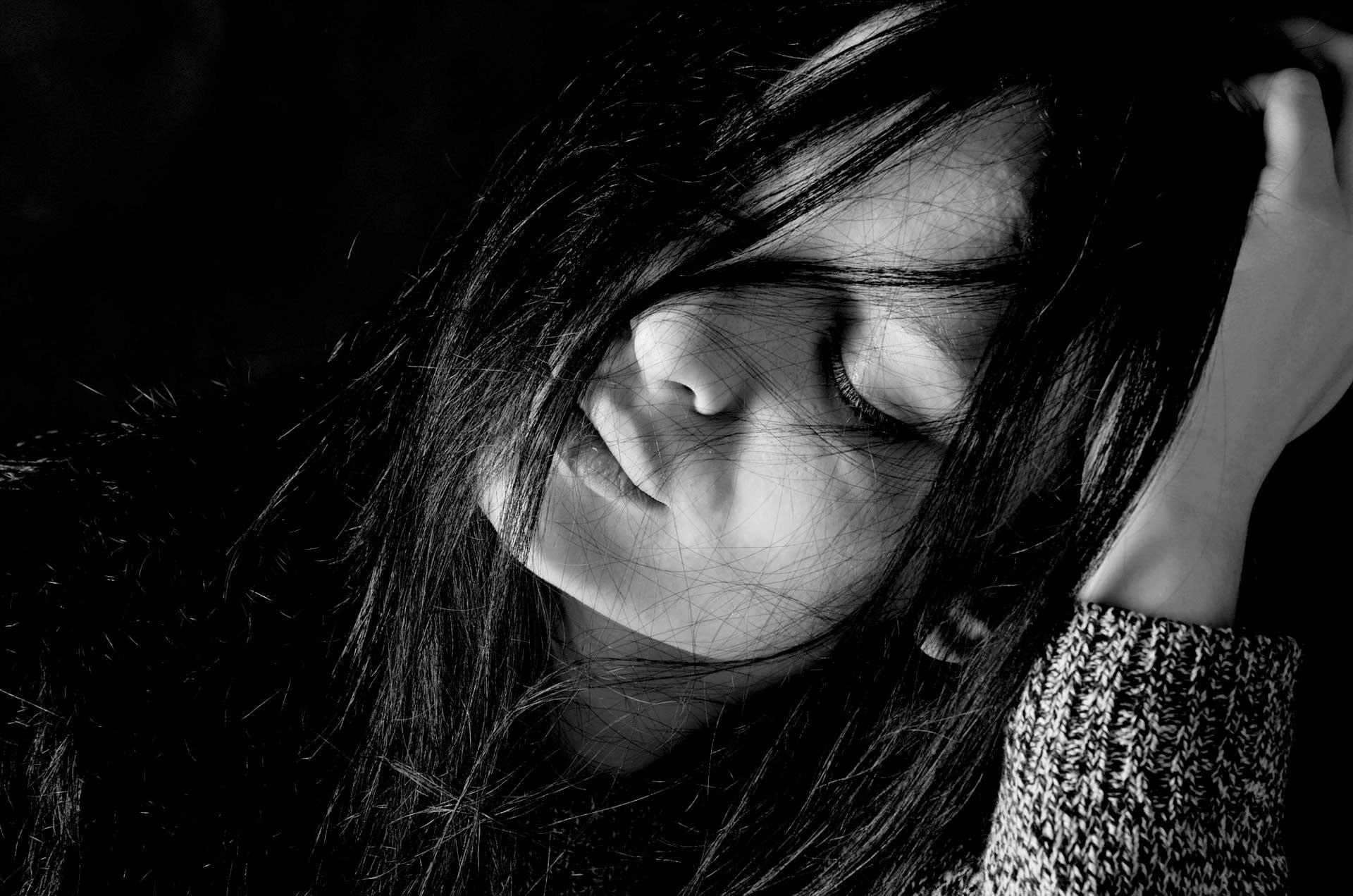 بالصور اجمل الصور الحزينة للبنات , الحزن وتاثيره على البنات 1601 8