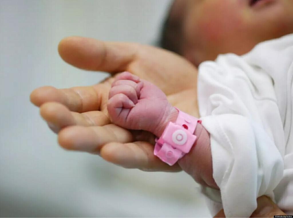 بالصور تهنئة مولود , التهنئه بقدوم البيبى الجديد 1617 8