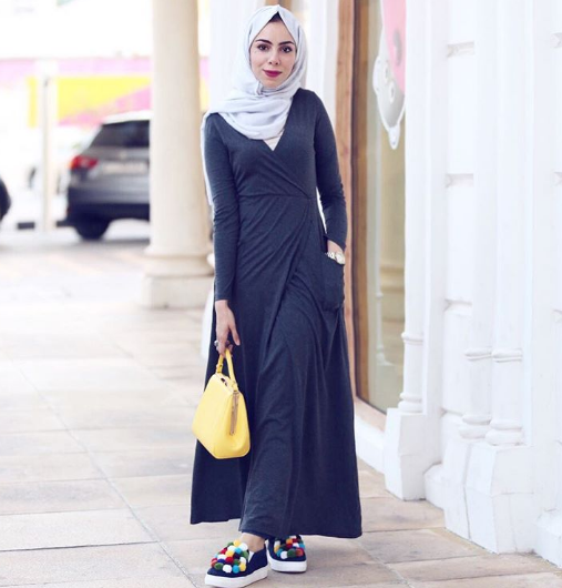 صورة فساتين طويلة للمحجبات , فستان طويل مناسب للحجاب