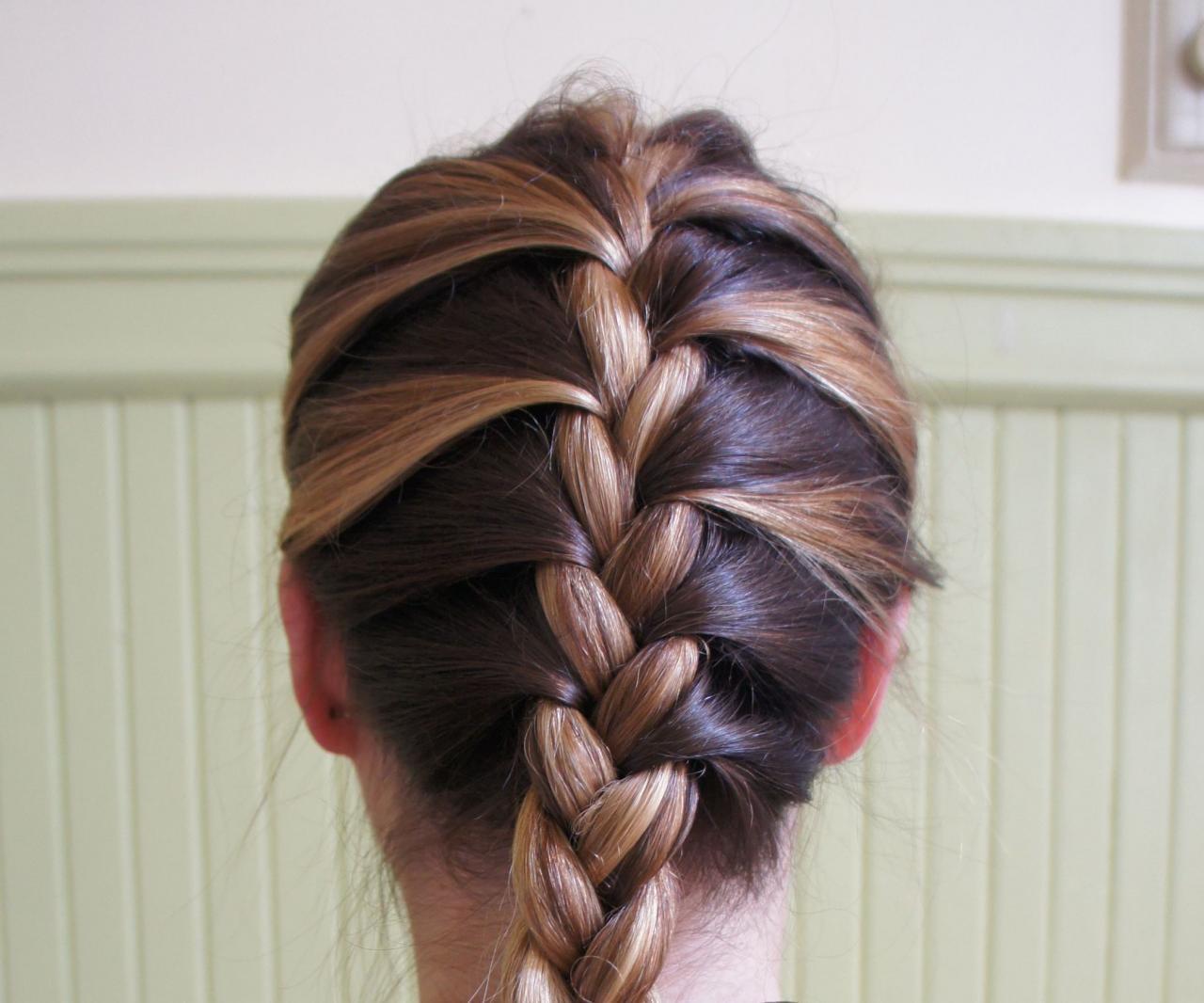 صور تسريحات شعر سنبلة , طريقة عمل الضفيرة الفرنسية