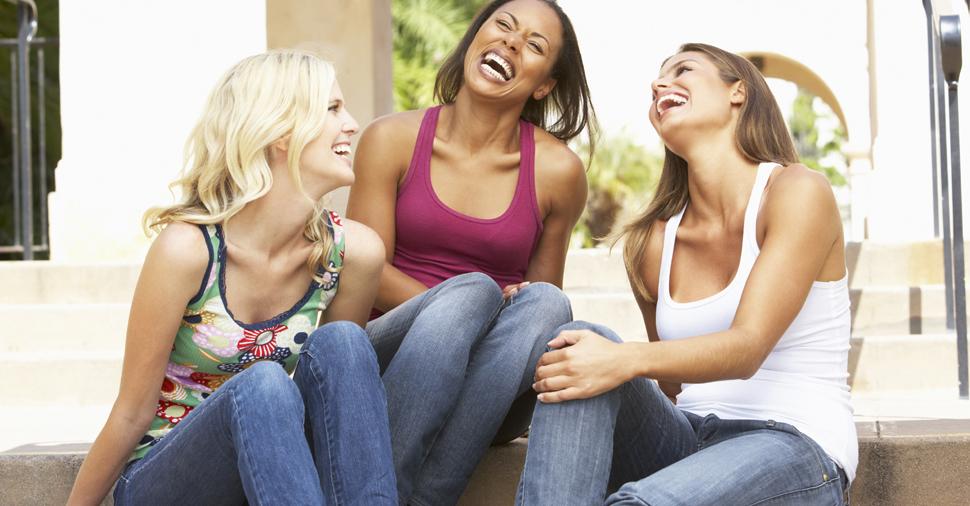 صور مقاطع مضحكة للبنات , اضحك مع البنات كثيرا في مقاطع لهم