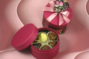 صورة هدايا للبنات لعيد الميلاد , ماذا تختار لكي تهدي بنت هدية