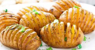 صورة طريقة عمل بطاطا في الفرن , اسهل وصفة لعمل البطاطا الخفيفة بدون زيت