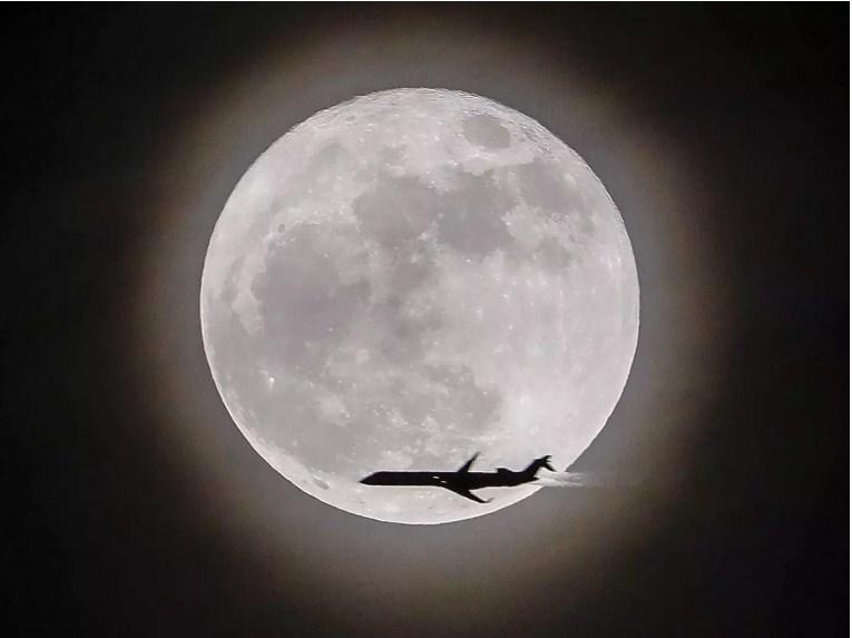 صور الصور عن القمر , شاهد القمر في كل اوضاعه