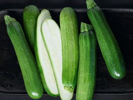 صورة تفسير حلم الكوسا الخضراء , ماذا تعني الكوسا في الحلم لكنها خضراء 11309 2