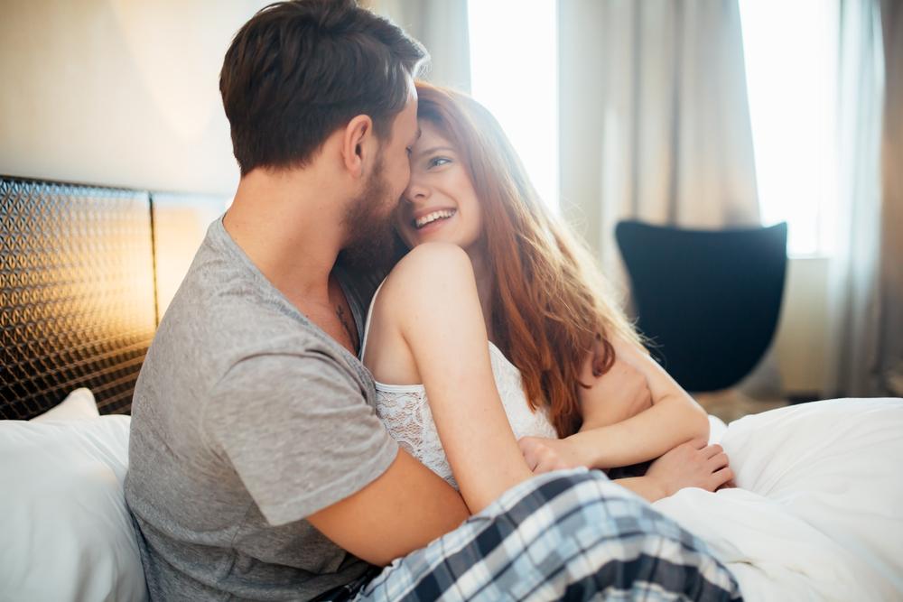 صورة اجمل حب رومانسي , لحظات رومانسيه للعشاق قويه