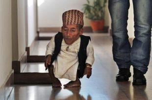 صور اقصر رجل في العالم , من هو اقصر رجل بالدنيا