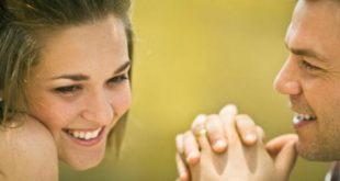 صورة علامات اعجاب الشخص بيك , كيف تعرف ان شخص معجب بك دون ان يتكلم