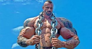 صورة رجل جسمه قوي جدا , اقوى رجل في العالم
